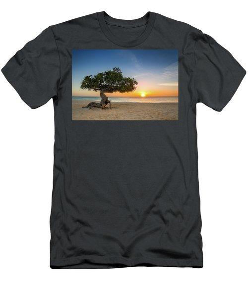 Divi Divi Men's T-Shirt (Athletic Fit)