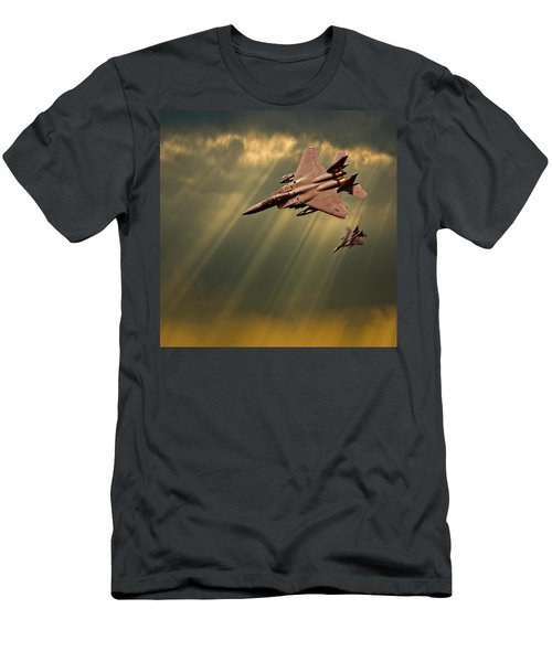 Diving Eagles Men's T-Shirt (Athletic Fit)