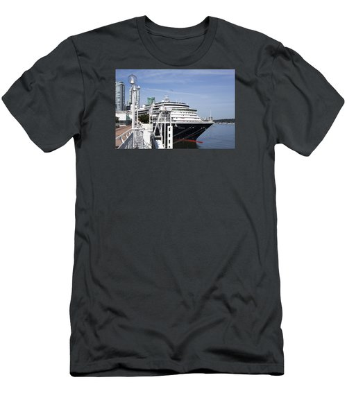 Docked In Vancouver Men's T-Shirt (Athletic Fit)