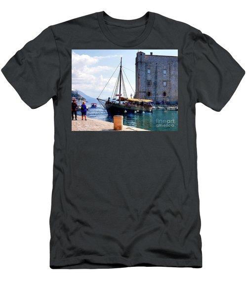 Docking In Dubrovnik Harbour Men's T-Shirt (Athletic Fit)