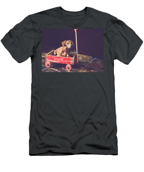 Doggy In A Wagon Men's T-Shirt (Athletic Fit)