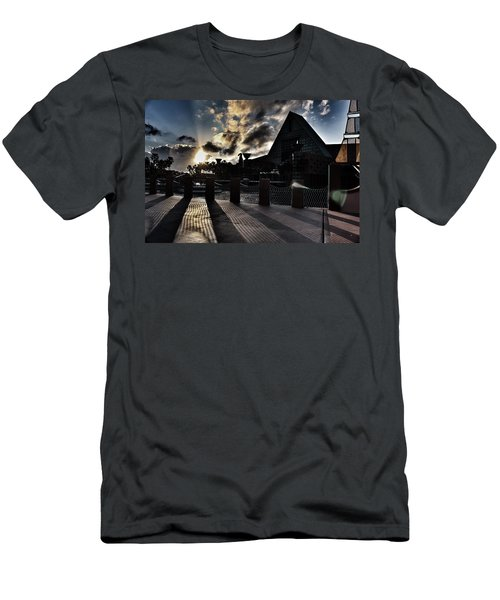 Dolphin Hotel Sunset Men's T-Shirt (Athletic Fit)