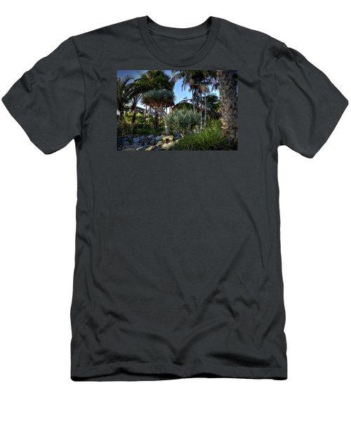 Dr Seuss Trees Men's T-Shirt (Athletic Fit)