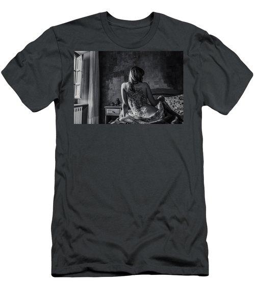 Dragon Queen Men's T-Shirt (Athletic Fit)