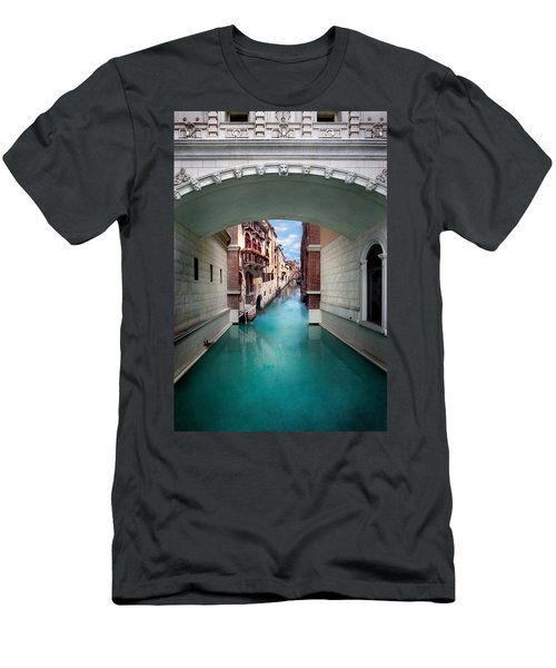 Dreaming Of Venice Men's T-Shirt (Athletic Fit)