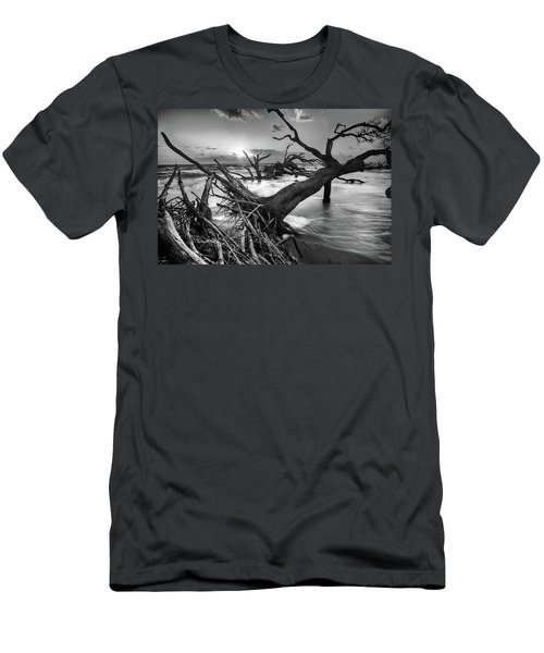Driftwood Beach 8 Men's T-Shirt (Athletic Fit)
