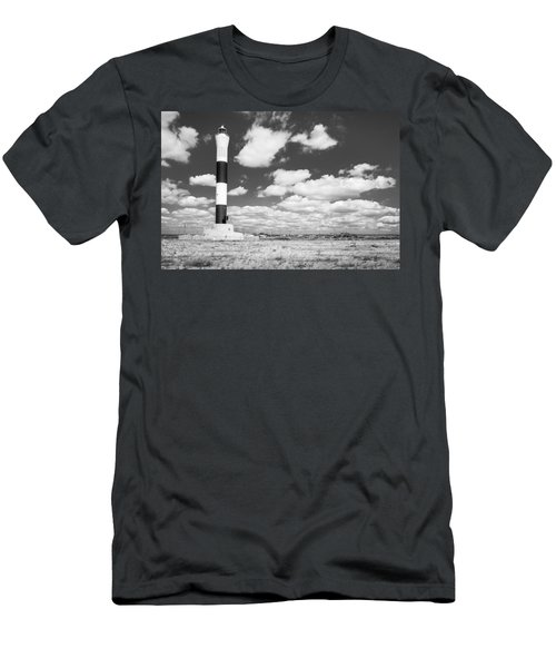 Dungeness Lighthouse. Men's T-Shirt (Athletic Fit)