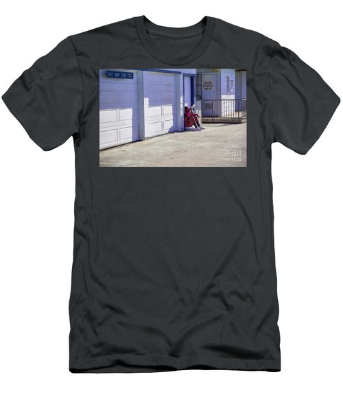 Early Morning Men's T-Shirt (Athletic Fit)