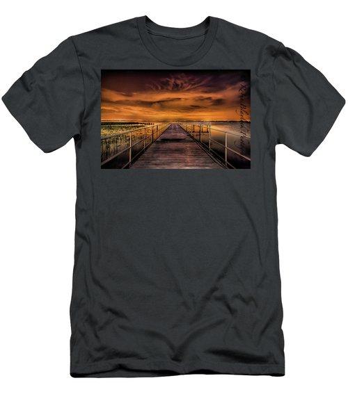 East Lake Pier Topaz Men's T-Shirt (Athletic Fit)