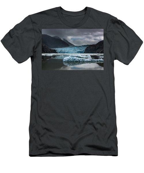 East Sawyer Glacier Men's T-Shirt (Athletic Fit)