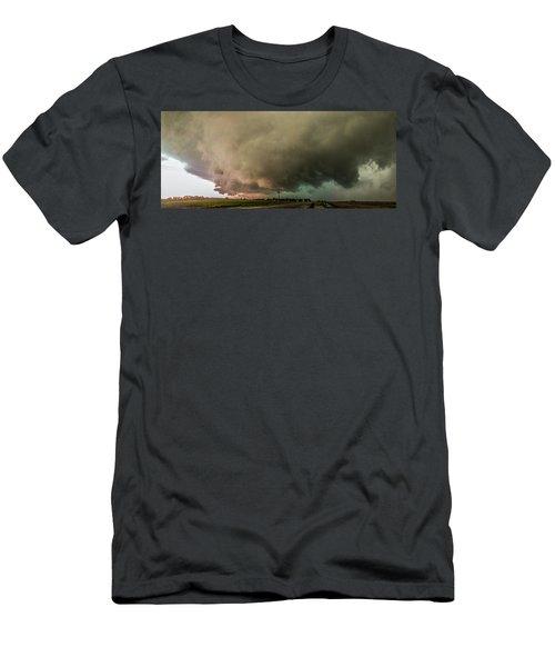 Eastern Nebraska Moderate Risk Chase Day 007 Men's T-Shirt (Athletic Fit)