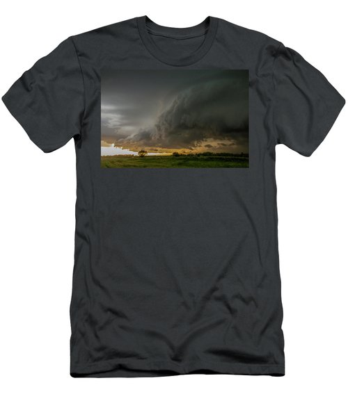 Eastern Nebraska Moderate Risk Chase Day Part 2 004 Men's T-Shirt (Athletic Fit)