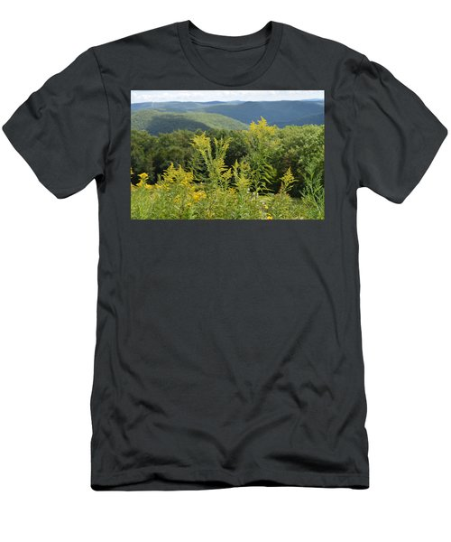 Eastern Summit 3 Men's T-Shirt (Athletic Fit)