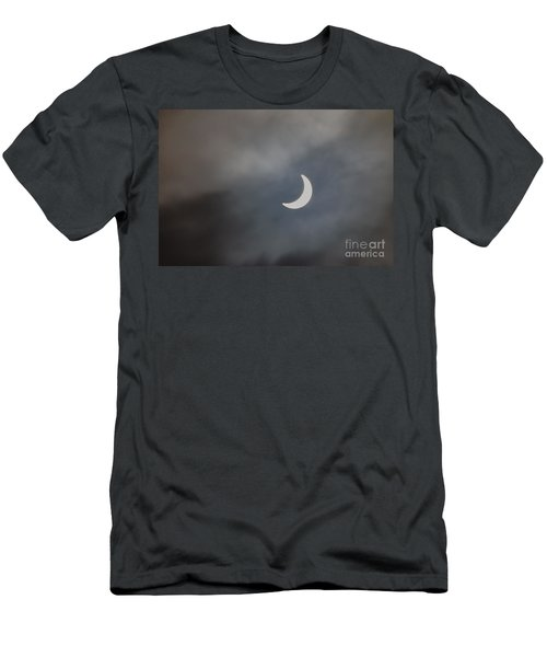 Eclipse 2015 - 2 Men's T-Shirt (Athletic Fit)