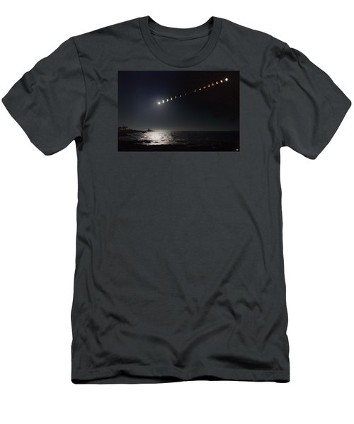 Eclipse Of The Moon Men's T-Shirt (Slim Fit)