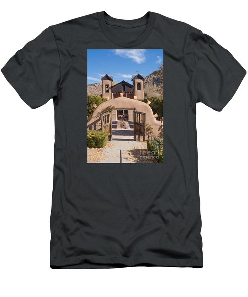 El Santuario De Chimayo Church Men's T-Shirt (Athletic Fit)
