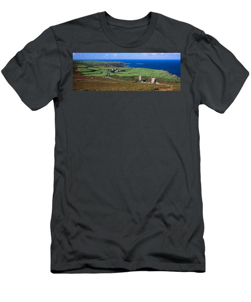 Elevated View Of Fields And The West Men's T-Shirt (Athletic Fit)