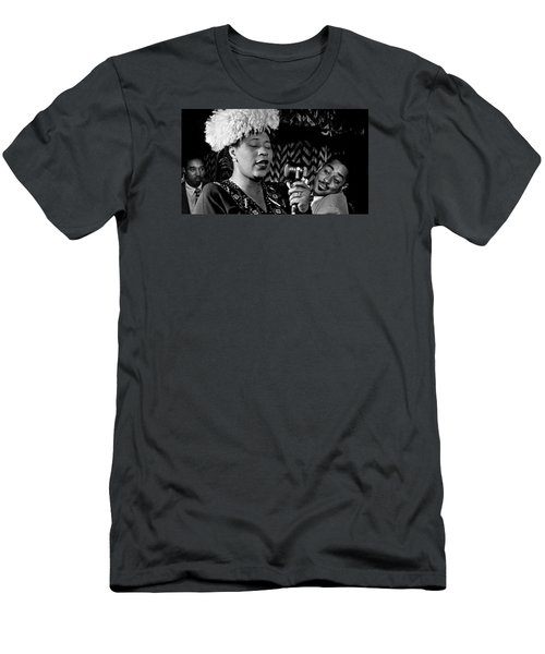 Ella Fitzgerald Dizzy Gillespie And Ray Brown William Gottlieb Photo Nyc 1947-2015 Men's T-Shirt (Slim Fit) by David Lee Guss