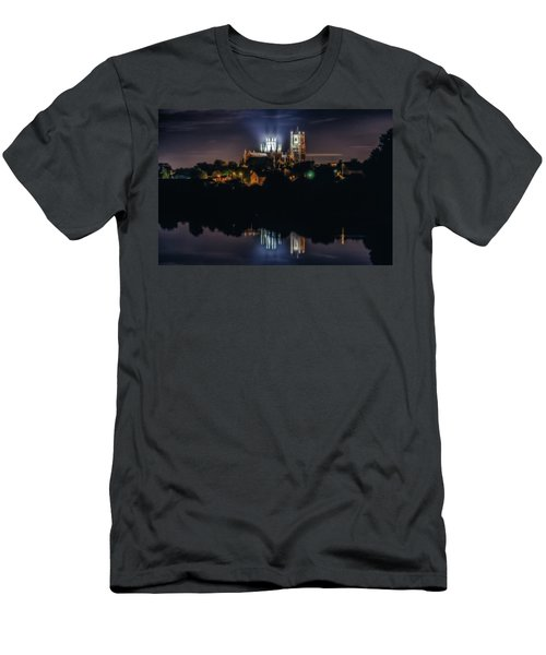 Ely Cathedral By Night Men's T-Shirt (Athletic Fit)