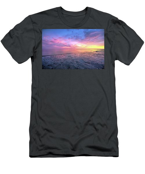 End Of The Day. Men's T-Shirt (Athletic Fit)
