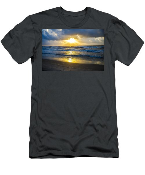 End Of The Season Padre 28 Men's T-Shirt (Athletic Fit)