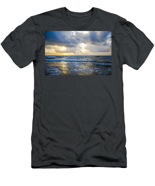 End Of The Season Padre 40 Men's T-Shirt (Athletic Fit)