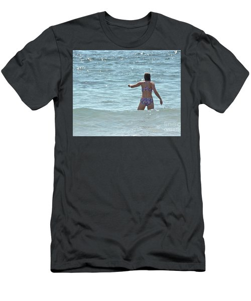 Entering Waves Of Pacific Ocean Men's T-Shirt (Athletic Fit)