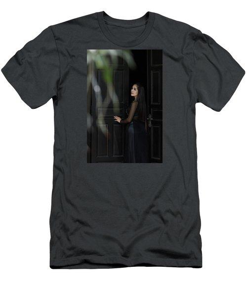 Expectant Men's T-Shirt (Athletic Fit)