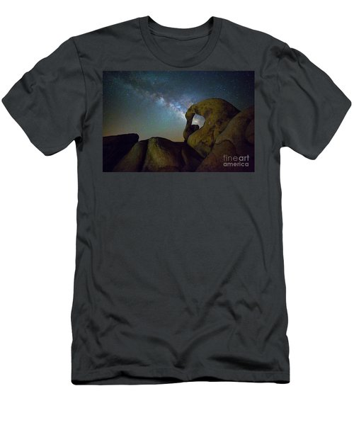 Eye Of The Milky Way Men's T-Shirt (Athletic Fit)
