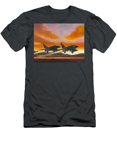 F-100d's Missouri Ang At Dusk Men's T-Shirt (Athletic Fit)