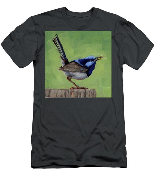 Fairy Wren With Lunch  Men's T-Shirt (Slim Fit)