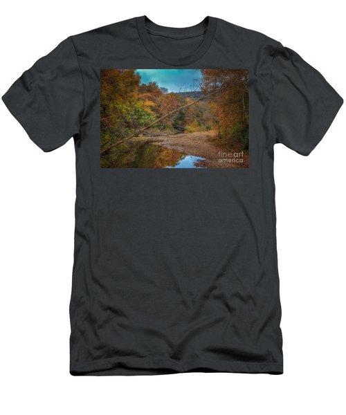 Fall At Barkers Gap Men's T-Shirt (Athletic Fit)