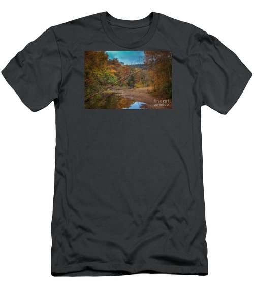 Fall At Barkers Gap Men's T-Shirt (Athletic Fit)