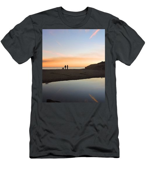 Family Sunset Men's T-Shirt (Athletic Fit)