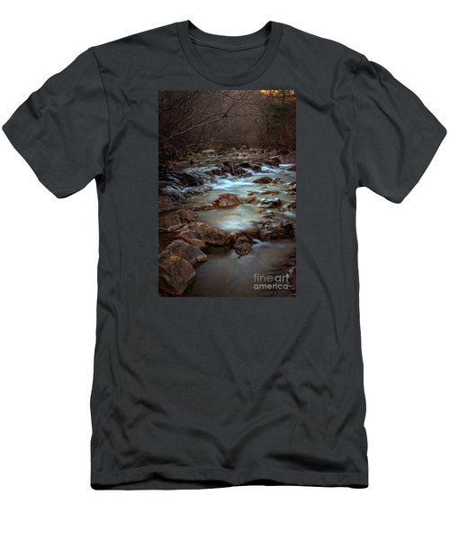 Fane Creek Men's T-Shirt (Athletic Fit)
