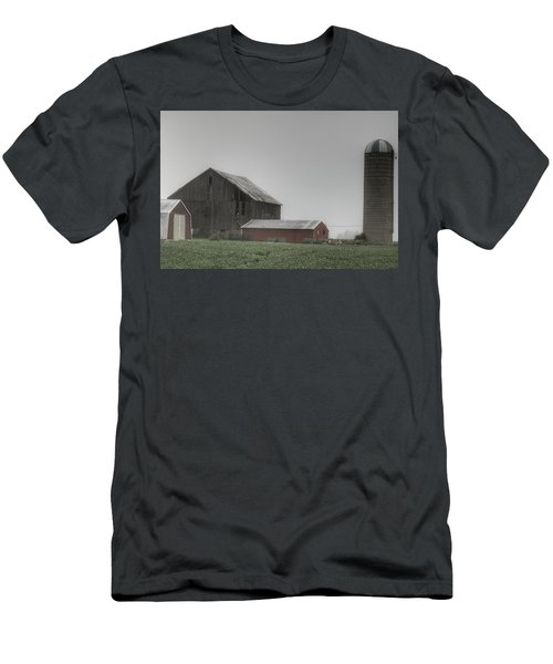 0011 - Farm In The Fog II Men's T-Shirt (Athletic Fit)