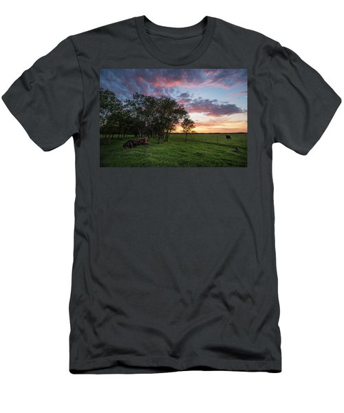 Farm View  Men's T-Shirt (Athletic Fit)