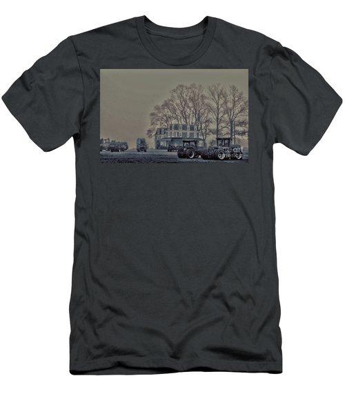 Farmhouse In Morning Fog Men's T-Shirt (Athletic Fit)