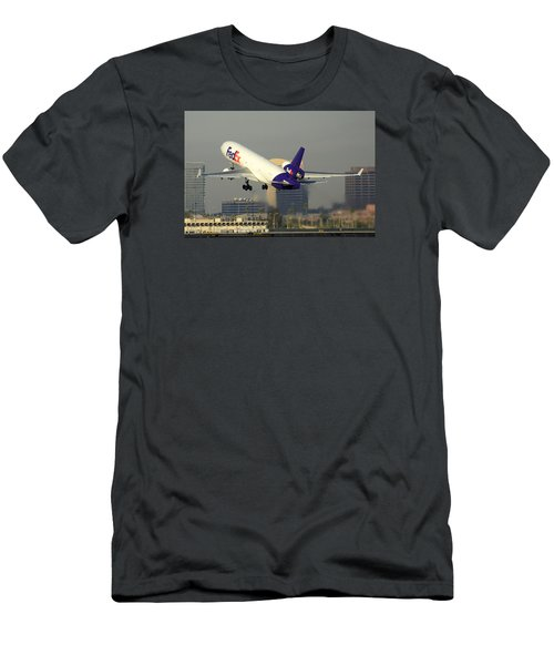 Fedex Express Mcdonnell-douglas Md-11f N631fe Phoenix Sky Harbor December 20 2015  Men's T-Shirt (Slim Fit) by Brian Lockett