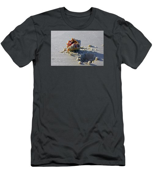 Fighting Conch On The Beach Men's T-Shirt (Athletic Fit)