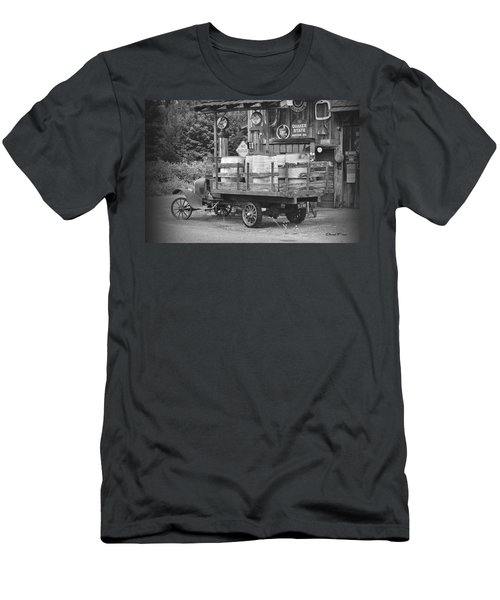 Fill Er Up          B And W Men's T-Shirt (Athletic Fit)