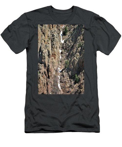 Final Traces Of Snow Men's T-Shirt (Athletic Fit)