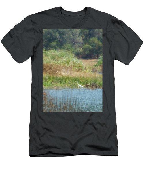Finnon Lake Egret Men's T-Shirt (Athletic Fit)