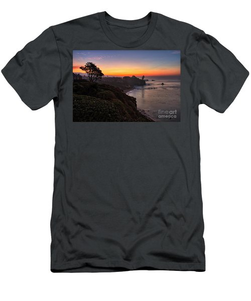 First Sunrise Of 2018 Men's T-Shirt (Athletic Fit)