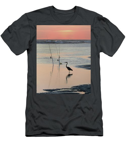 Fisherman Heron Men's T-Shirt (Athletic Fit)