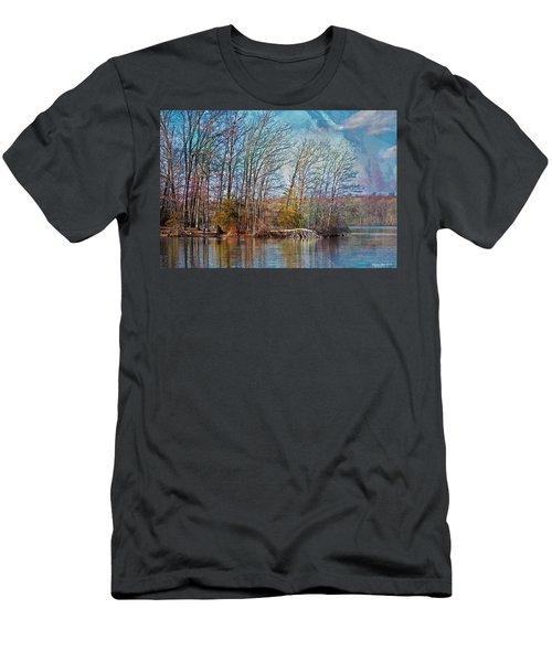 Fisherman On Burke Lake Men's T-Shirt (Athletic Fit)