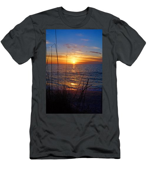 Florida Gulf Coast Sunset Men's T-Shirt (Athletic Fit)