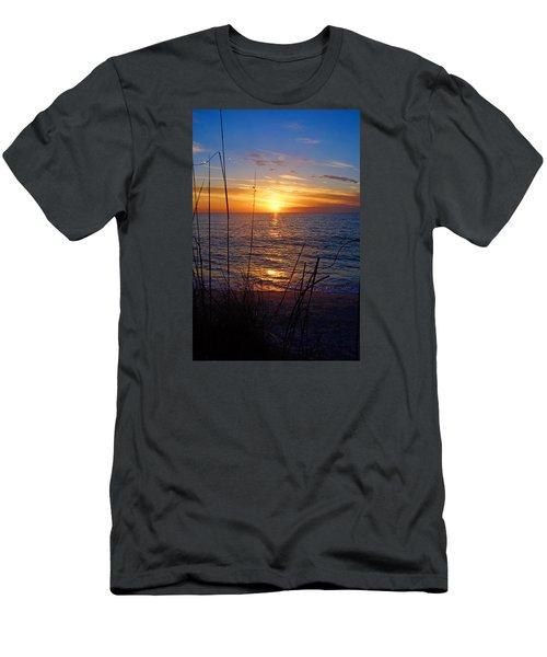Florida Gulf Coast Sunset Men's T-Shirt (Athletic Fit)