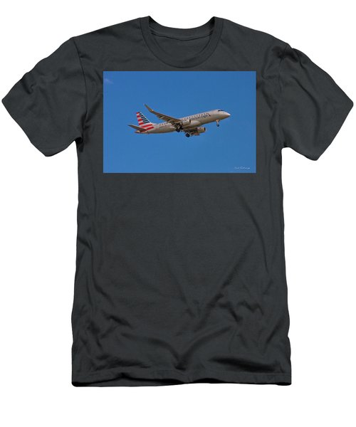 Flying In American Eagle Embraer 175 N426yx Men's T-Shirt (Athletic Fit)