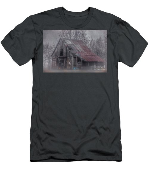 Foggy Morning Backroads Men's T-Shirt (Athletic Fit)